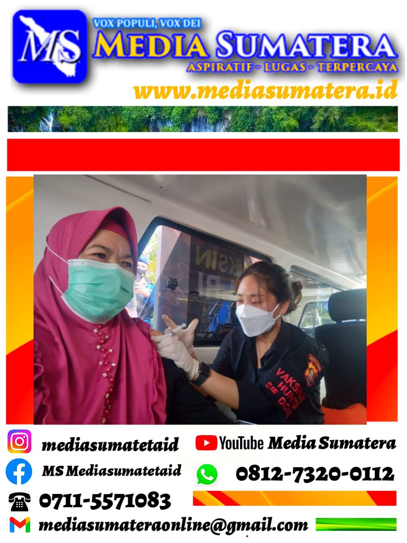 Kapolrestabes Palembang Laksanakan Vaksinasi Untuk Warga Perairan