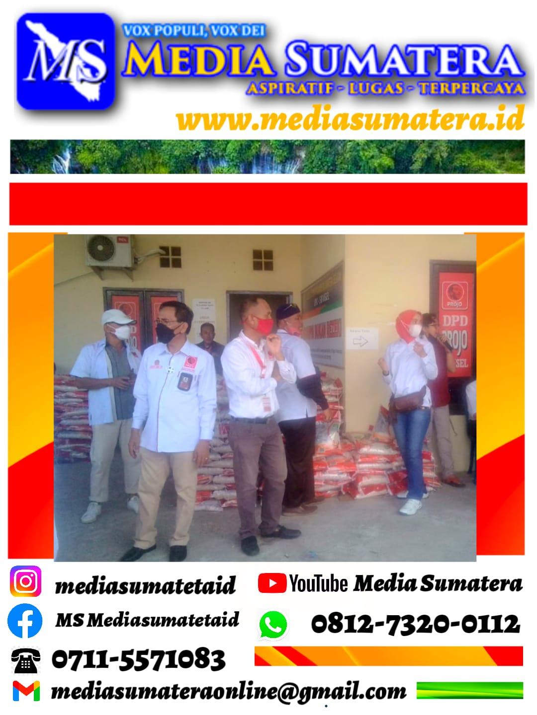 Kadinsos Sumsel Salurkan 4 Ton Bantuan Beras PPKM dari Gubernur Sumsel Kepada DPD Projo Sumsel